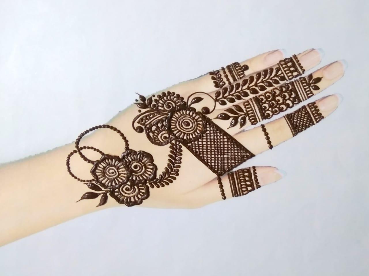 Arabic Easy Mehndi Design
