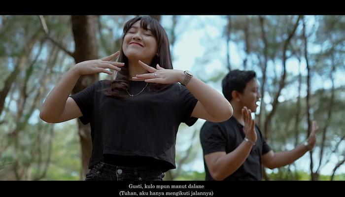 Momen Romantis Denny Caknan dan Happy Asmara
