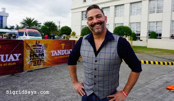 Tanduay Rum Festival Bacolod - Bacolod Rum Festival - Bacolod blogger -Bacolod Government Center -mixology - flairtending - Ricky Paiva