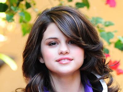Selena Gomez hd wallpaper pics