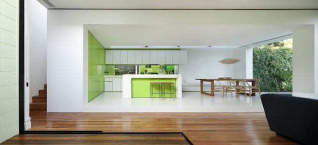 Minimal kitchen and dining room