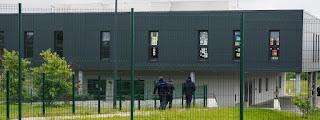 Francis Dorffer, auteur d'une prise d'otages en prison, a été placé en quartier disciplinaire