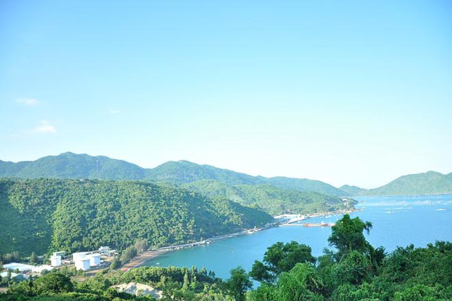 Dịch vụ du lịch Phú Yên - Khu di tích bến tàu không số Vũng Rô