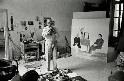 O artista David Hockney em seu estúdio de criação - Divulgação
