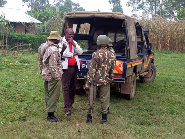Police officers in Kakamega at Peter Ndege homestead