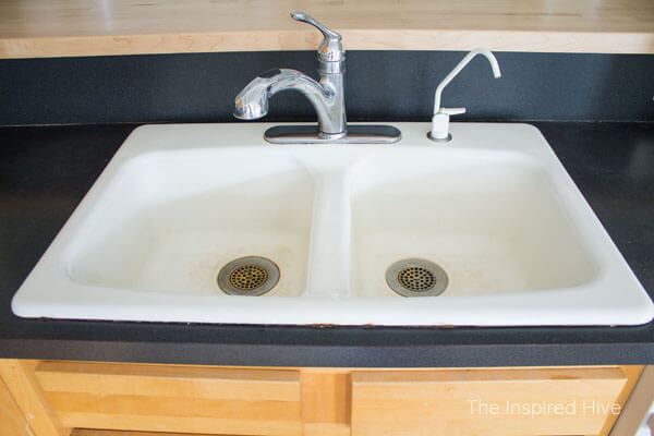 Cast Iron Kitchen Sinks Homedepot Cabinets How To Clean An Enameled Sink The Inspired Hive A White Porcelain Farmhouse Without Chemicals