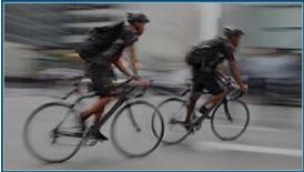 Course en vélo dans Paris