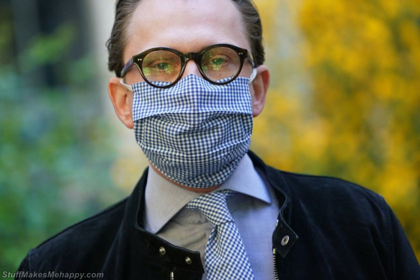 People with Coronavirus Face Masks from Around the World