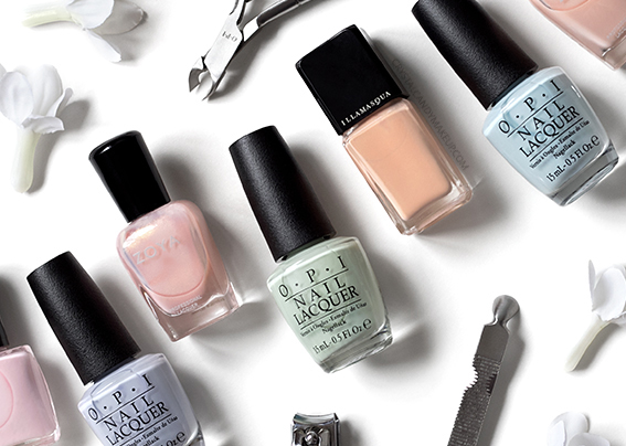 Tips To Apply Pastel Nail Lacquer Without Streaks