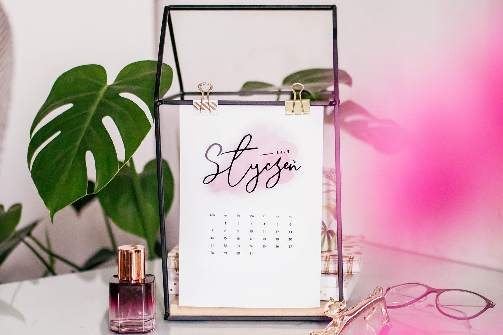 Kalendarz 2019 do druku, do pobrania za darmo {dwie wersje ♡}