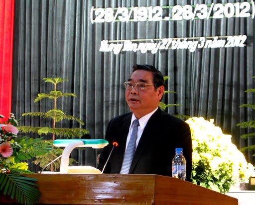Đồng chí Lê Hồng Anh phát biểu văn tại lễ kỷ niệm