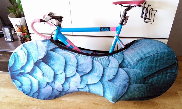 #productReview | Keep your room clean with VELO SOCK - FEATHERS from Single-speed.co.uk