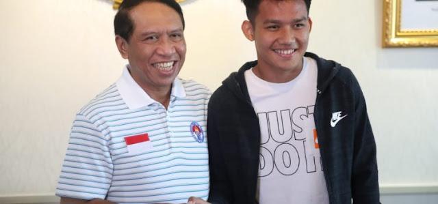kunjungan Witan yang hadir bersama agennya Dusan Bogdanovic di Kantor Kemenpora, Senayan, Jakarta.(foto:putra/kemenpora.go.id)