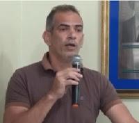 EFEMÉRIDES PACATUBANAS - Ver. Ênio, em seu pronunciamento, denuncia que a Prefeitura não faz o repasse a Previdência.