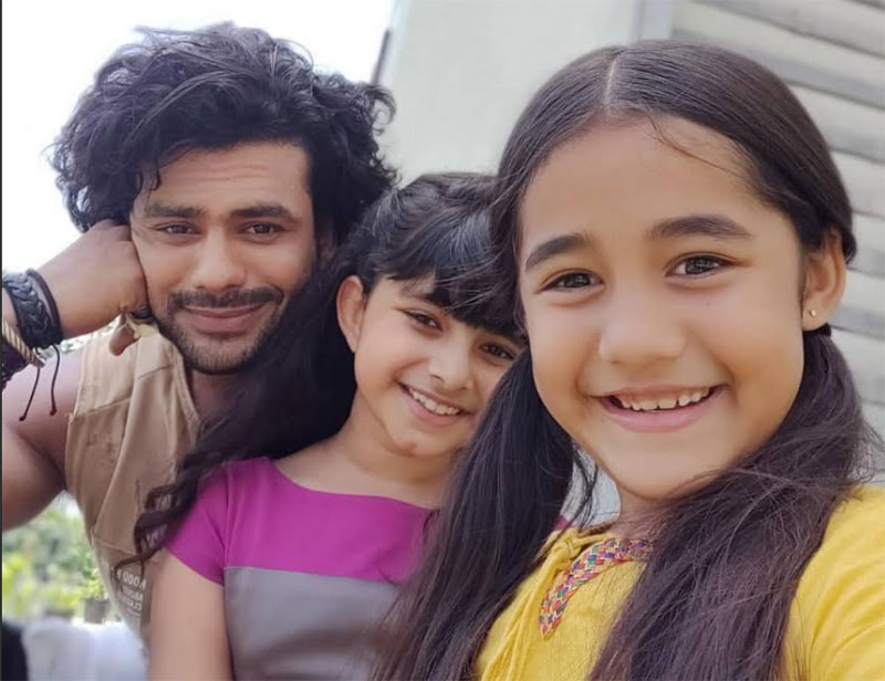 Vishal Singh (Tevar) with Myra Singh (Myra) and Aakriti Sharma (Kullfi)
