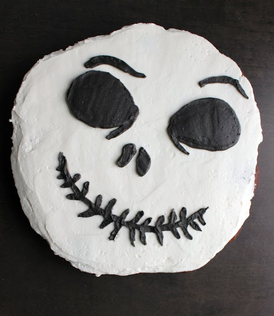 finished Jack Skellington Face cupcake pull apart cake