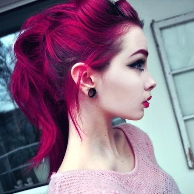 dark pink and maroon ombre