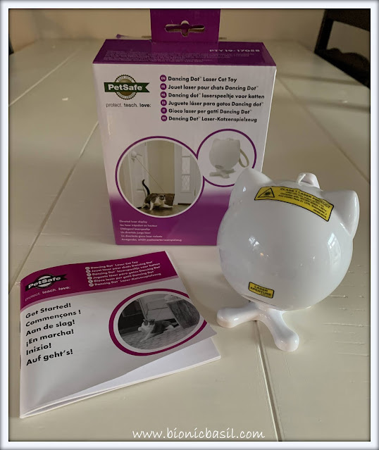 What's In The Box ©BionicBasil® PetSafe Dancing Dot Laser Cat Toy Contents