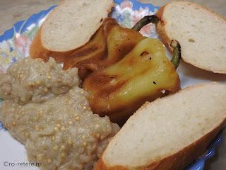 Salata de vinete cu ardei copti reteta de casa cu usturoi retete salate de post mancare legume vegan aperitiv gustare,