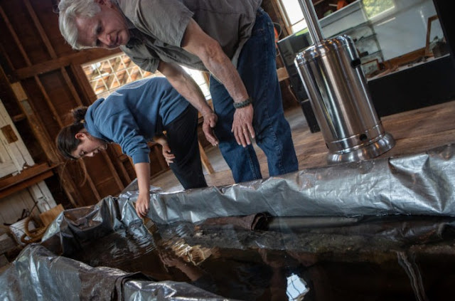 700-year-old Native American canoe found in Maine