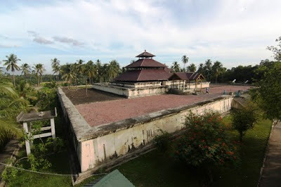 Wisata Religi Masjid Indrapuri, Aceh