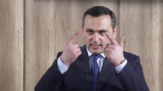 """""""Ramin Bayramlı Azərbaycanda bir nömrəli dələduzdur"""""""