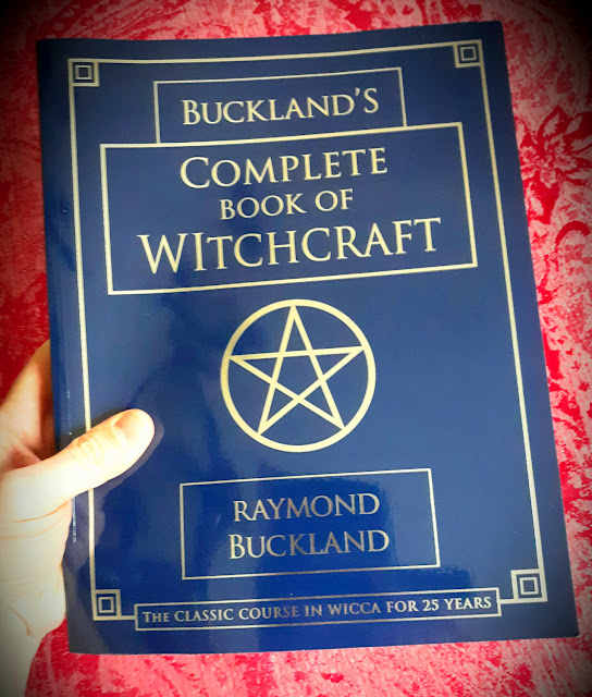 Buckland's Complete Book of Witchcraft. Raymond Buckland. Llewellyn Publications