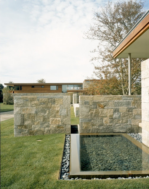 Weekend houses with outdoor stone and water features, Long Island, New York