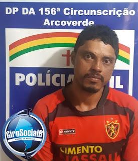 Em Arcoverde Polícia cumpre mandado de prisão contra acusado de praticar roubos.