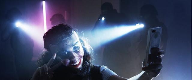 Framed police masque selfie