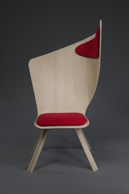 дневник дизайнера Современные стулья из дерева лучших  Проект действительно оригинален и станет прекрасным дополнением в книжных магазинах и общественных библиотеках где ценят современный дизайн и любят своих