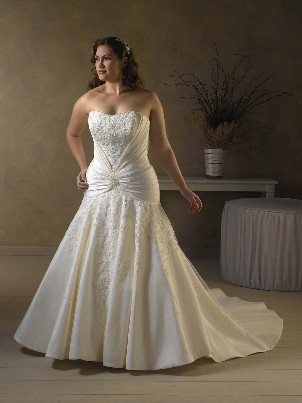 Mermaid plus size wedding dresses  We can never forget about our curvy brides Featuring a Masako