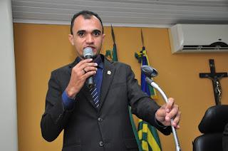 Vereador Martinez Duarte através de indicativo faz 03 solicitações importantes ao poder executivo