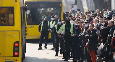 Уряд відкриває рух транспорту з 22 травня