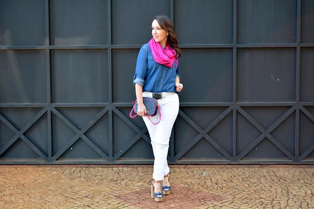 versatilidade do jeans, calça branca, como usar sapato jeans, plataforma jeans carmen steffens, mini bag jeans carmen steffens, jeans com pink, carmen steffens, carmens steffens ribeirão preto, blog camila andrade, camila andrade, blogueira de moda em ribeirão preto, fashion blogger em ribeirão preto, o melhor blog de moda