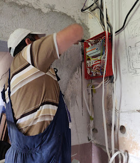 Scary Electrician