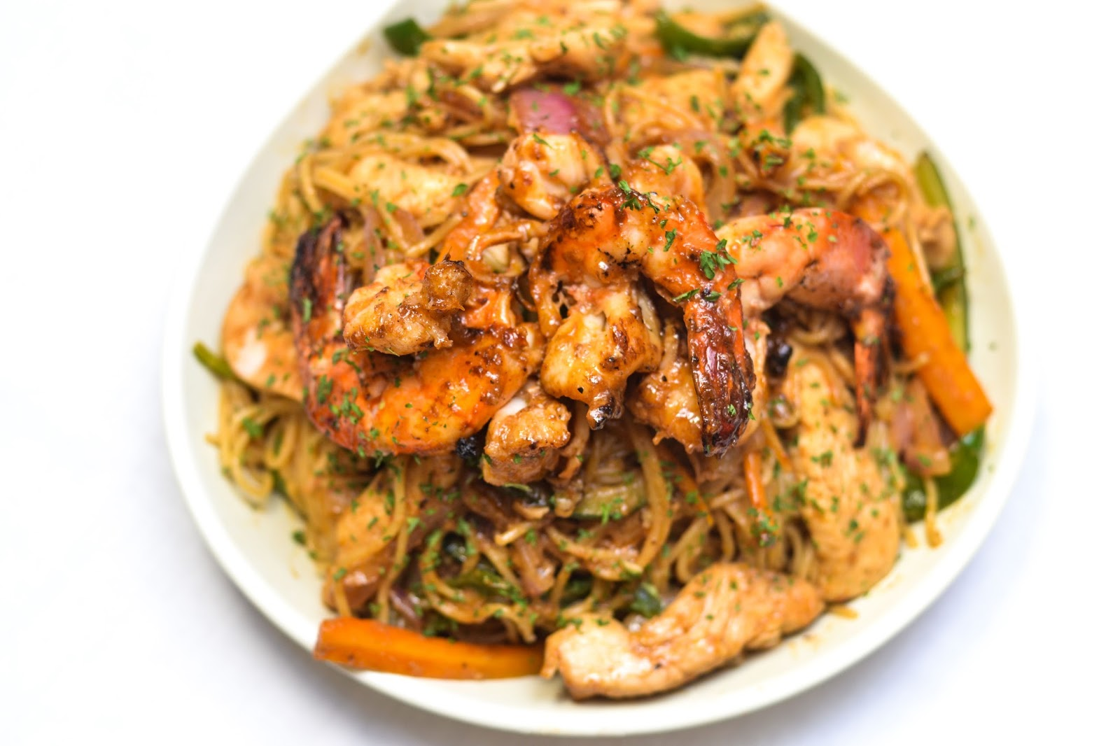 King Prawns & Chicken Pasta in Lagos