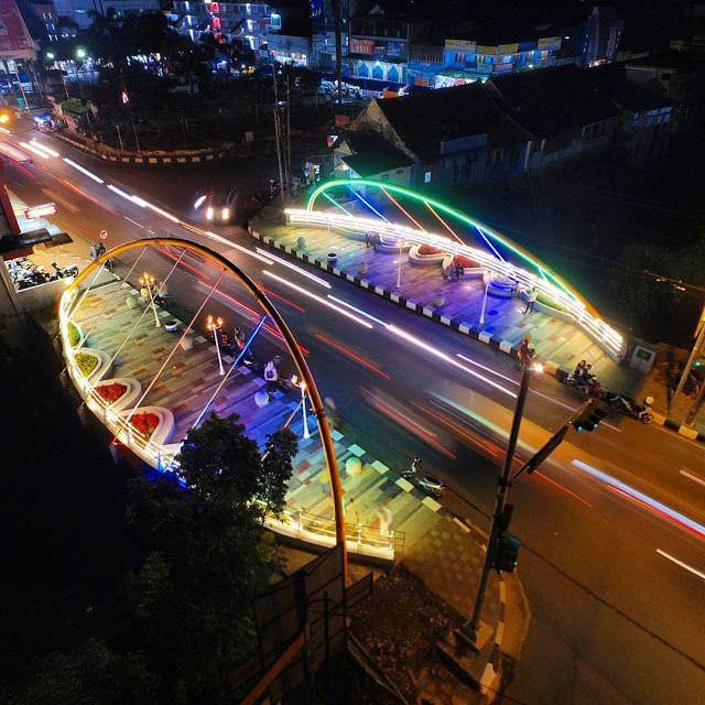 Jembatan Pasifik Sumedang Tempat Nongkrong Kekinian yang Instagrammable