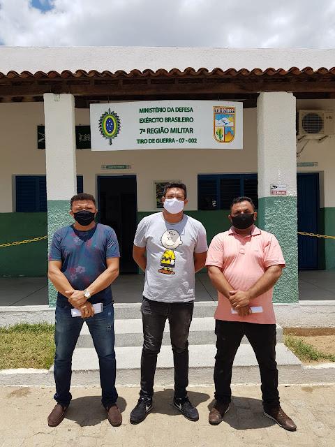 Durante visita ao Tiro de Guerra de Patos-PB, vereadores Nandinho, Sgt. Patrian e Décio Motos, constatam problemas estruturais