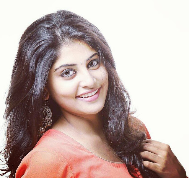 Manjima Mohan Wiki, Biography, Biodata, Age, Height, Weight, Body Measurements, Family, Education, Affairs and More.