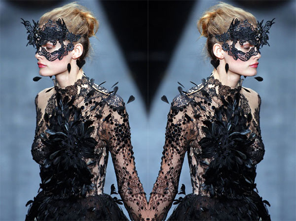 {style inspiration : a very valentino halloween}