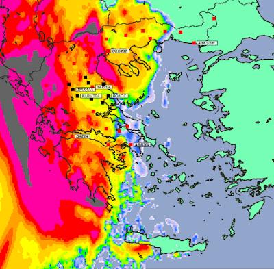 4 - Μπόρες και καταιγίδες σε μεγάλο μέρος της χώρας και της Θεσσαλίας (+XAΡΤΕΣ ΥΕΤΟΥ)