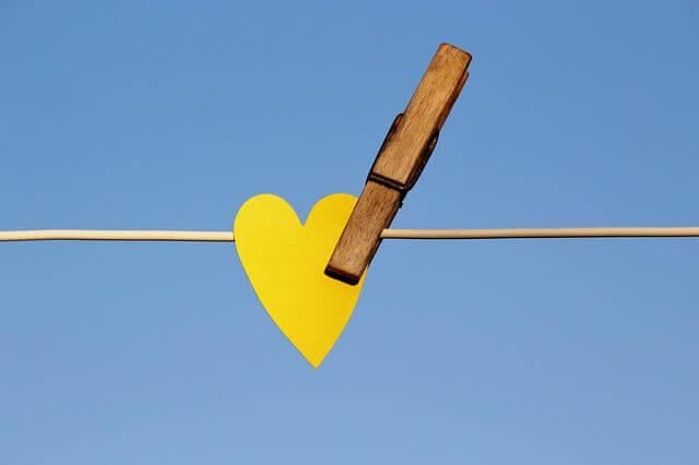 الفرق بين الحب والميل والصداقه  الفرق بين الحب والصداقة في علم النفس  مفهوم الحب والصداقة  حوار جميل بين الحب والصداقة  بين الحب والصداقة خيط رفيع  الفرق بين الصداقة والاعجاب  انواع الحب بين الاصدقاء  كيف تتحول الصداقة الى حب