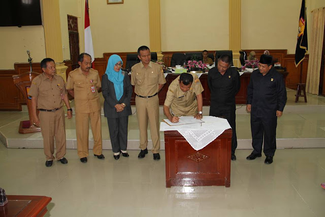 DPRD Terima Pertanggung-jawaban Walikota Atas Pelaksanaan APBD Tahun 2015