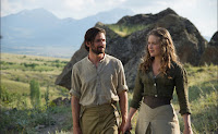 Michiel Huisman and Hera Hilmar in The Ottoman Lieutenant (7)