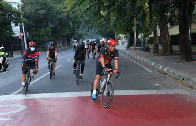 Bersepeda Bersama PJU, Kapolda Sumut Pantau Situasi Kamtibmas Di Seputaran Kota Medan