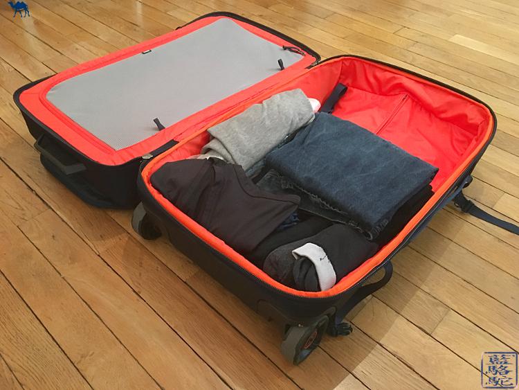 Le Chameau Bleu - Valise Thule - Intérieur de la valise
