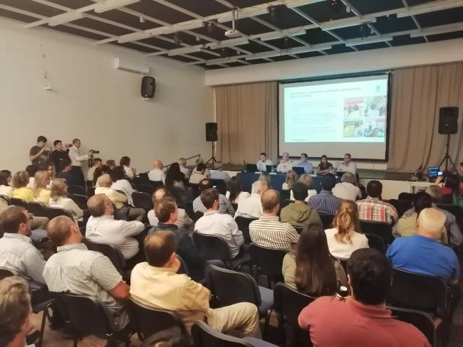 """""""UPM no está cumpliendo"""": fuertes críticas del ex intendente Vidalín ante representantes de la firma"""
