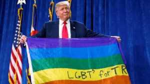 Donald Trump defiende los Principios Bíblicos: Ordenó dejar de promover los derechos Homosexuales