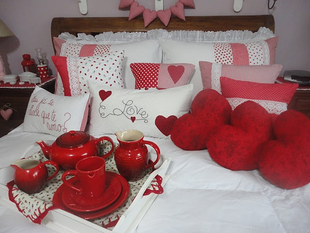 cama decorada para o dia dos namorados